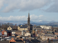 Paisley viewed from Saucelhill (Rourkeor) Tags: architecture mzuikodigitaled12‑100mm140ispro m43 omdem1markii oakshawtrinitychurch olympus paisley renfrewshire scotland uk buildings church clock completedjune1754 historic mft microfourthirds rooftops snowcappedhills spire steeple unitedkingdom gb