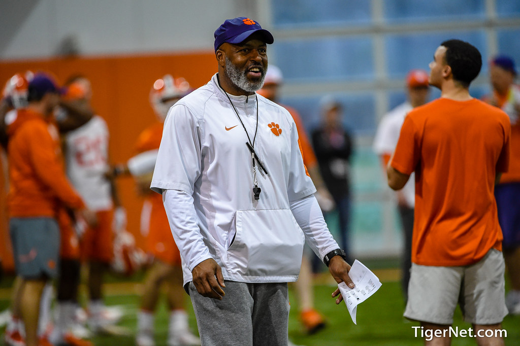 Clemson Photos: Lemanski  Hall, 2019, Football