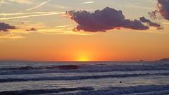 MARINA DI PIETRASANTA - Toscana (cannuccia) Tags: paesaggi landscape marinadipietrasanta toscana tramonti mare cieli nuvole controluce