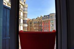 Colores de mi balcón (Rocco Yarif J. A.) Tags: chair back color balcony leixample room europe canon t7i photo street december winter window blue sky beautifull art