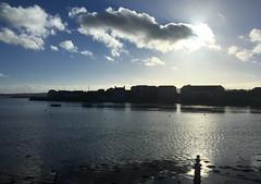 Dún Garbhán - ón mbus (Rhisiart Hincks) Tags: iwerzhon ireland iwerddon ирландия iwerdhon irsko ιρλανδία éire èirinn īrija irlanda 爱尔兰 írország airija 愛爾 aod glanymôr cósta kostalde coast côte arfordir seaside coisfarraige silhouette silwét cysgodlun ledskeud sgàilriochd sgàildhealbh scáthchruth zilueta
