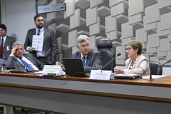 CRA - Comissão de Agricultura e Reforma Agrária (Senado Federal) Tags: audiênciapública cra mapa ministraterezacristina senadorluiscarlosheinzepprs senadorsérgiopetecãopsdac brasília df brasil bra