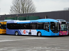 First Berkshire 69931 - BJ63 UJV (Berkshire Bus Pics) Tags: first berkshire 69931 bj63ujv volvo 7900 hybrid slough