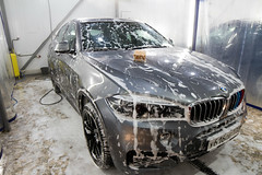 IMG_1364 (Blongman) Tags: auto car vl japan bmw toyota x6m carwash wash water russia 7d