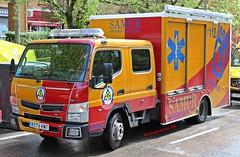 SAMUR-PC (emergenciases) Tags: emergencias españa 112 vehículo madrid explosiónvallecas vallecas puentedevallecas sanitarios ambulancia quebec porcedimientosespeciales mitsubishi fusocanter tecnove