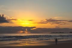 Sunrise Rays (armct) Tags: sunrise horizon cloud rays crepuscular walker recreation exercise morning golden goldcoast sand waves surf surfbeach coolangatta reflection currumbin brilliant
