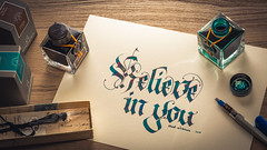 Believe in you (mad_airbrush) Tags: 5d 5dmarkiii 85mm 85mmf18 ef85mmf18usm strobist strobistcom strobe speedlite speedlight flash blitz studio studiolight softbox canon calligraphy kalligrafie pilotpen parallelpilotpen pen jherbin herbin ink shimmering blue blau