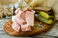 Окорок Тамбовский варено-копченый (Fenucci Fenucci) Tags: окорок тамбовский свинина ham pork bacon gammon meat мясо водка vodka cucumbers selfmade