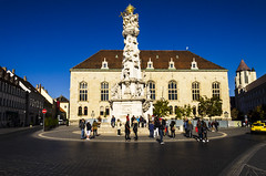 Holy Trinity Statue (rschnaible) Tags: budapest hungary europe outdoor building architecture holy trinity statue square