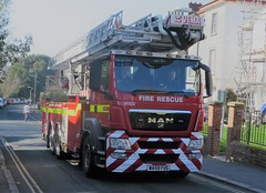 WA59FUG (HkEmergencyPhotography) Tags: uk england fire engine ladder truck brigade rescue servcie man alp carp cpl aerial devon somerset exeter blue lights siren 999 code 3 112 911 emergency vehicles