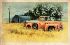 DSC_2267 série 2 (C&C52) Tags: paysage landscape campagne champ camion pickup épave artnumérique