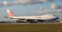 Boeing 747-400 (B-18710) China Airlines Cargo (Mountvic Holsteins) Tags: boeing 747400 b18710 china airlines cargo
