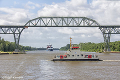 Kiel Canal - ferry at Hochbrücke Hochdonn (peterkaroblis) Tags: kielcanal nordostseekanal nok kanal canal schiff ship blauerhimmel bluesky wolken clouds fähre ferry