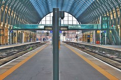 King's Cross Station (gary8345) Tags: britain uk snapseed london londonist 2019 england unitedkingdom greatbritain