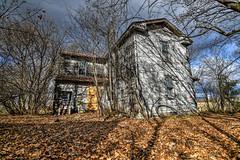 DSC_8457_8_9 (ripearts) Tags: urbex urbandexploration bando abandoned abandonedbuildings abandonedhouses abandonedcars abandonedorgan rust