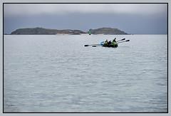 Cézembre en Décembre (zebrazoma) Tags: dinard cézembre bretagne asce paysage mer sea bateau boat rame oar nikon d4 70200