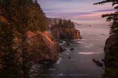 [ oregon sea stacks ] (Oliver Jerneizig) Tags: oliverjerneizigde wwwoliverjerneizigde oliverjerneizig usa us unitedstates america amerika nationalpark california newmexico washington oregon nevada arizona north wilderness sunset longexposure night citylights landscape landschaft canon 6d canon6d2 6dmark2 0oregon seastacks seastack sea stacks stack sunrise trees ocean pacific coast west