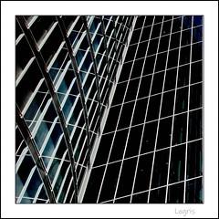 EON (Logris) Tags: bw sw eon architektur architecture pov windows fenster gebäude hohhaus minimal