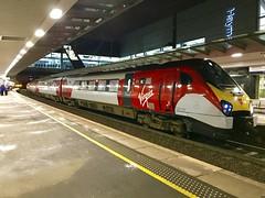 VT 221101 @ Edinburgh Haymarket train station (ianjpoole) Tags: virgin trains class 221 super voyager 221101 101 squadron working 9s70 london euston edinburgh waverley