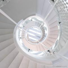 Stripes'n'swirls (bjoernahrensfotografie) Tags: munich münchen architektur architecture lookup minimal stairs staircase treppe treppenhaus spiral