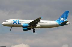 XL Airways France Airbus A320-212 F-GKHK / CDG (RuWe71) Tags: xlairwaysfrance sexlf starway france airbus airbusa320 a320 a320200 a320212 airbusa320200 airbusa320212 fgkhk msn343 fwwdh parisroissy roissycharlesdegaulle parischarlesdegaulle parischarlesdegaulleairport cdg lfpg aéroportsdeparis narrowbody twinjet landing clouds