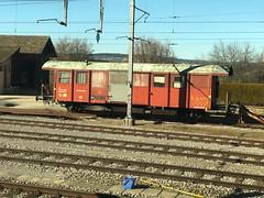 Wagon (Kevin Biétry) Tags: spotterbietry kevinbiétry iphonex trench treno zug train palézieux iih wagon