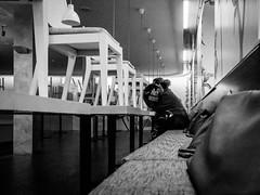 PARTY NERVT! (Ewedan Photography & Art) Tags: blackwhite bw blackandwhite bnw bild blackandwhitephoto czarnobiale czarnobiało czarnobiałe canon danielslominski deutschland ewedan einfarbig mensch people menschen germany foto fotografia fotografie g7xmii g7x human hamburg image images pic picture pictures licht light kunst linien ulica obraz mono monochrome photo photography schwarzweiss streetphotography strase streetart schwarzweis streetstyle w