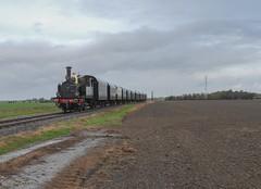 Twisk | NS8107+rijtuigen (Tijmen Holstein) Tags: shm mbs medemblik hoorn twisk ns 8107 omc 909 sgb stoomlocomotief kikker spoor en tram anno 1926 26 oktober