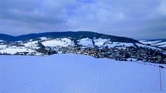 Zima w Tyliczu (klio2582) Tags: tylicz winter february snow skiing landscape village mountain hill building sky blue white