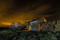 El abuelo fue labraor... (Yorch Seif) Tags: night nocturna nocturnal lightpainting longexposure largaexposicion estrellas stars d7500 tokina1116