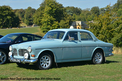 Blenheim Palace Classic and Supercar Show 2018 - Volvo 122S (Si 558) Tags: blenheimpalaceclassicandsupercarshow blenheim palace blenheimpalace classic classiccarshow 2018 supercarshow volvo volvo122s