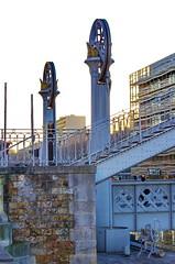 307 - Paris - Février 2019 - le long du Bassin de La Villette (paspog) Tags: paris france canal bassindelavillette février 2019 pont bridge brücke