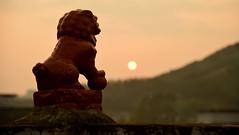 Gulucun - Lion Sunset (cnmark) Tags: china south guangxi gulucun village dorf sunset sonnenuntergang sky scenic landscape lion stone 古路村 中国 广西 ©allrightsreserved