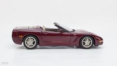 Corvette C5 50Aniv-05 (M3d1an) Tags: chevrolet corvette c5 50th anniversary 118 diecast autoart roadster