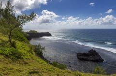 Roche Qui Pleure viewpoint, Mauritius / Смотровая площадка Ля-Рош-ки-Плер (Плачущая Скала) (dmilokt) Tags: природа nature пейзаж landscape гора лес небо облако пальма дерево mountain forest sky cloud palm tree море океан sea ocean dmilokt