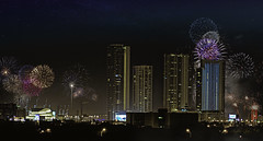 Another year of freedom despite so many strange minds.... (Aglez the city guy ☺) Tags: nitephotografy happynewyear2019 fireworks downtownmiami cityscapes urbanexploration outdoors architecture building colors exploration