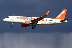 Airbus A320-214(WL) - EJU - OE-IJY - s/n 6541 (French Frogs Pix ✈) Tags: avion aircraft plane aviation airliner airbus a320 easyjet easyjeteurope cfm cfm56 pluie rain storm