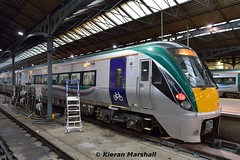 22050 at Heuston, 15/2/19 (hurricanemk1c) Tags: railways railway train trains irish rail irishrail iarnród éireann iarnródéireann dublin heuston 2019 22000 rotem icr rok 3pce 22050 1730heustongalway