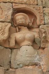 Angkor_Bakong_2014_33