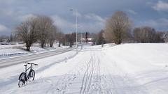 2019 Bike 180: Day 47, March 10 (olmofin) Tags: 2019bike180 finland bicycle polkupyörä lumi snow new uusi clouds sunshine auringonpaiste tummat pilvet hanki