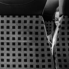 ... (Ewedan Photography & Art) Tags: blackwhite bw blackandwhite bnw bild blackandwhitephoto bahn zug czarnobiale czarnobiałe czarnobiało danielslominski deutschland ewedan einfarbig mensch people menschen germany reisen foto fotografia fotografie human image images iphone iphone7 iphone7plus pic picture pictures mono monochrome obraz photo photography schwarzweiss streetphotography strase streetart schwarzweis streetstyle train ulica pociąg