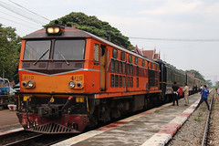AD24C (ALS) 4110 (SITTINGGROUND) Tags: train als alstom ad24c thailand huahin thaitrain canon 77d tamron 18270