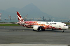 "Qantas Airways Boeing 787-9 ""Yam Dreaming"" Livery VH-ZND (Manuel Negrerie) Tags: qantas airways boeing 7879 yamdreaming livery vhznd aboriginal painting design dreamliner spotting hkg 787 aviation australia asia travel scheme graphic carrier jetliner airliner plane trent rollsroyce sight airport cheklapkok"