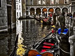 Small Venetian painting (Marco Trovò) Tags: marcotrovò hdr venezia venice italia italy building edificio city città mare sea barca boat architetture architecture gondola