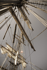 Rigged (BlueChasmPhoto) Tags: ship tallship sail duluth mn lakesuperior