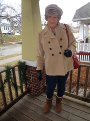 The Properly Dressed Wisconsin Woman (Laurette Victoria) Tags: porch wisconsin laurette boots leggings gloves coat hat purse scarf gray