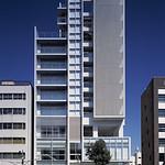 集合住宅(複合建築)の写真