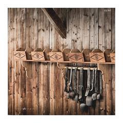23/365 - vieilles cloches (lodebelvo) Tags: hautesavoie cloches bois bellevaux montagne chalet alpes 365