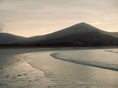 Beach (msganching) Tags: beach strand westkerry hill sea atlantic wildatlanticway dinglepeninsula