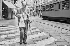 Mailand Street Uomini italiani 1 b&w (rainerneumann831) Tags: bw blackwhite street streetscene ©rainerneumann urban monochrome candid city streetphotography blackandwhite mann uomo milano mailand strasenbahn zebrastreifen